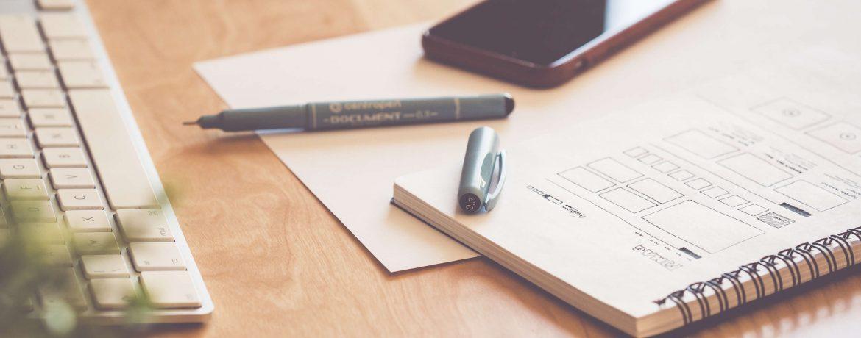 Keywords finden und recherchieren - Struktur eines Textes mit Block und Stift